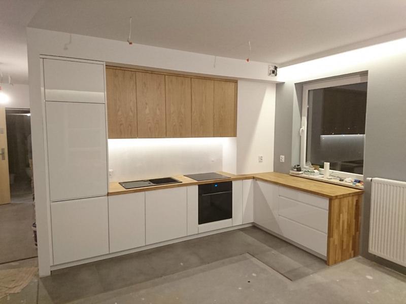 Biała lakierowana kuchnia nowoczesna Katowice